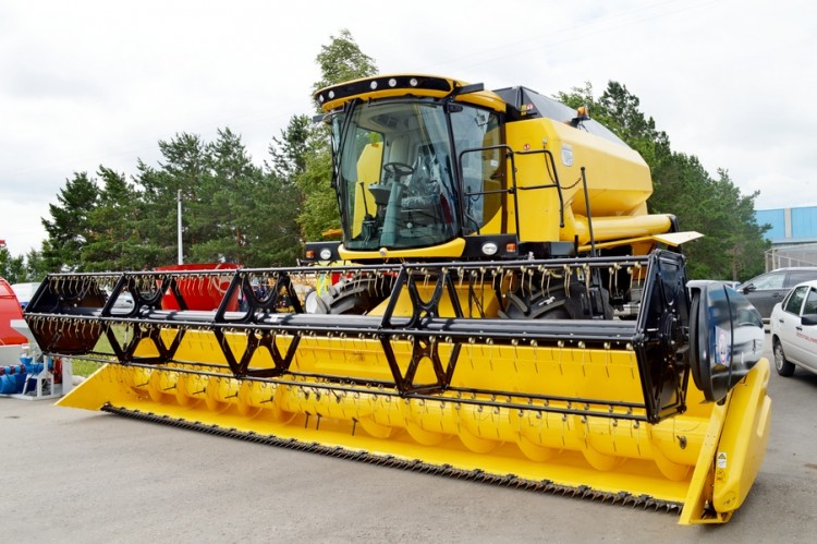 Комбайн «New Holland TC5-90»