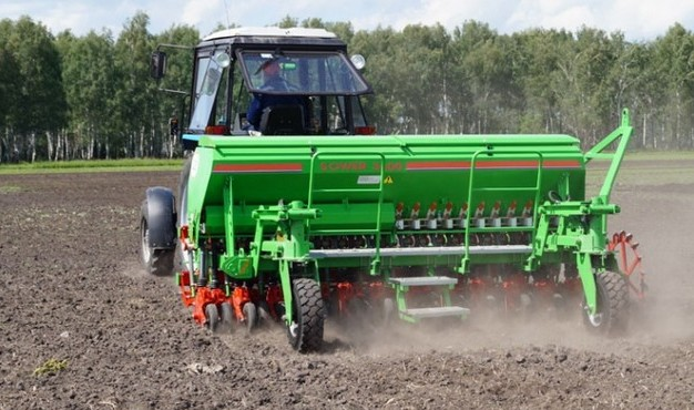 The grain seeder of the new generation Sower-3600