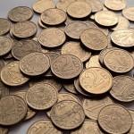 Прожиточный минимум снизился на 528 тенге. Что купить на 25 тысяч 139 тенге?