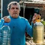 Жители села Степное в ВКО жалуются на то, что пьют вонючую воду бурого цвета