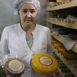 Молочные реки, сырные берега: как увлечение сыроделанием переросло в семейный бизнес