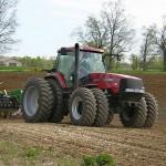 Удешевлённое дизтопливо на посевную фермеры начнут получать по электронным заявкам