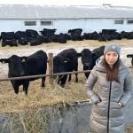 Выпускница «Бастау» из костанайского района закупила 100 голов КРС породы ангус