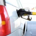 Бозумбаев рассказал, когда цены на казахстанский бензин приравняют к российским
