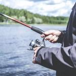 Минсельхоз оставляет на озере Маркаколь только один участок для ловли рыбы