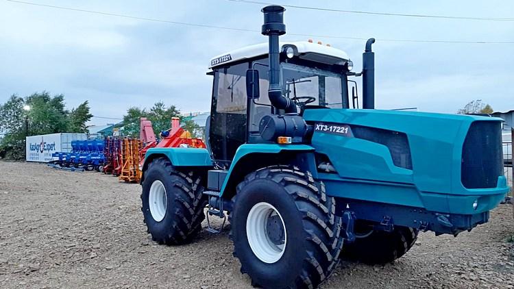 Traktor ХТЗ-17221