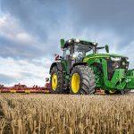 John Deere представляет новую серию тракторов 8R