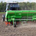 Омскую сельхозтехнику будут собирать в Казахстане