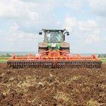 Может ли КХ в течение года перейти на СНР для крестьянских хозяйств и сняться с учёта по НДС?